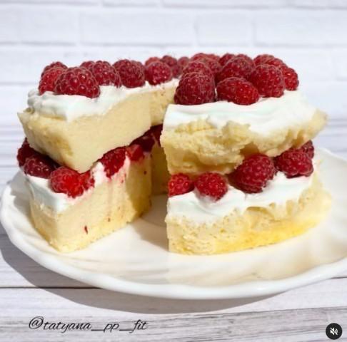 Ванильно-ягодный тортик за 10 минут🔥