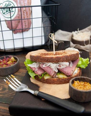 Сендвич с пастрами