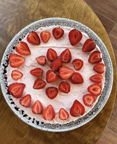 Рецепт воздушного,ягодного тортика🤤