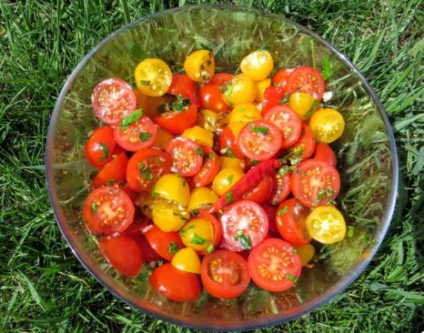 Маринованные помидоры в итальянском стиле