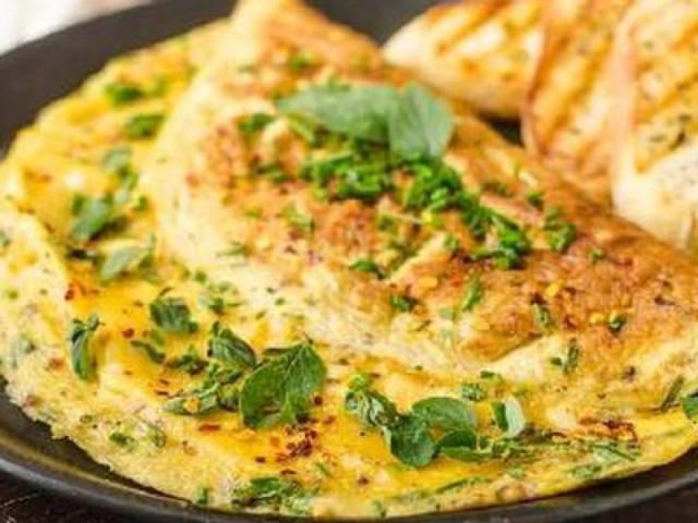 Паровой омлет с сыром