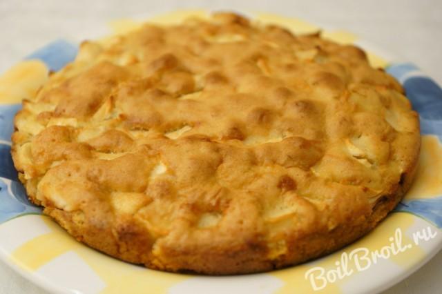 Простой сладкий пирог из сухарей