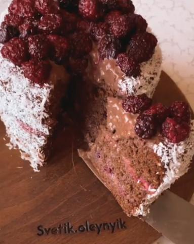 Шоколадно-кофейный торт с ежевичной прослойкой с шоколадным муссом