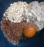 Вафли с творожным сыром и помидорой - фото приготовления рецепта шаг 1