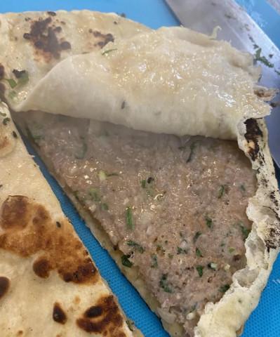 Лепешка с мясом и специями (индийский вариант)