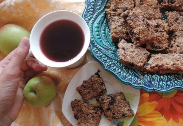 Насыпной яблочный пирог - веганская версия без глютена