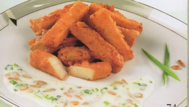 Кольраби в кляре с соусом
