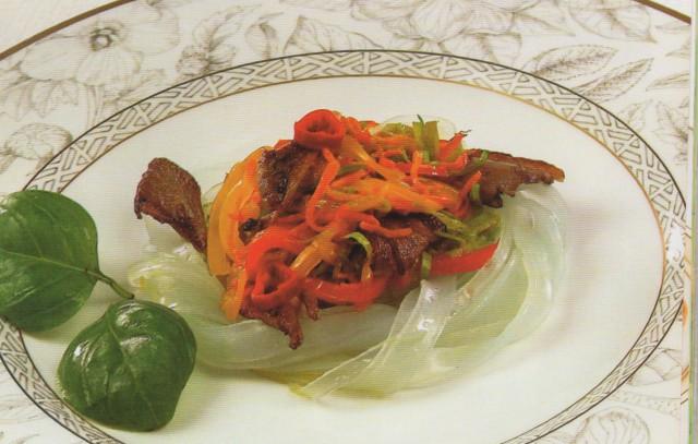 Овощи с рисовой лапшой