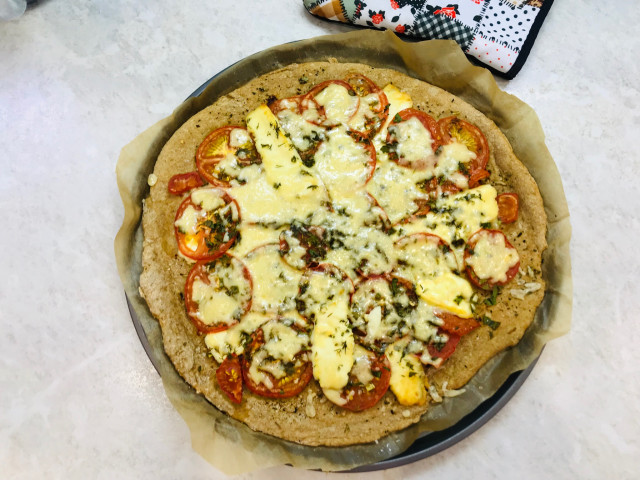 Пицца с моцарелла