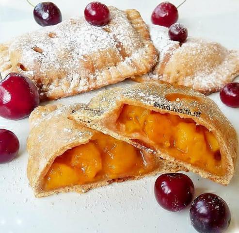 ПП-пирожки с персиками