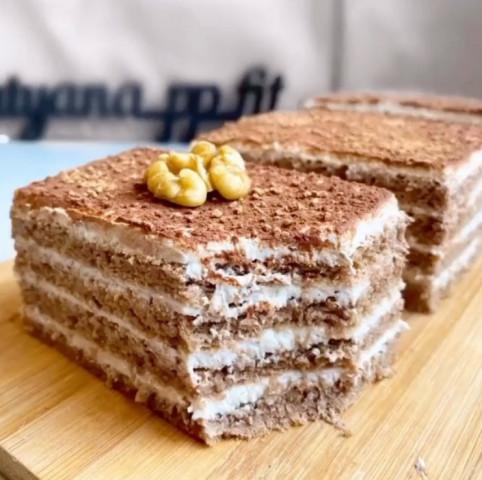 Банановое ПП-пирожное
