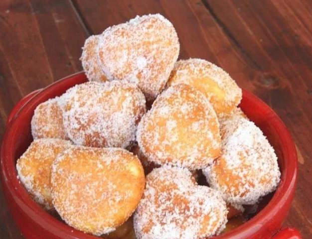 Сахарные мини-пончики на скорую руку