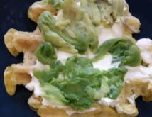 Вафли с творожным сыром и помидорой - фото приготовления рецепта шаг 5