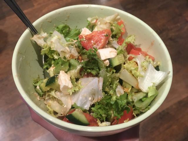 Салат с сыром «Фетакса» и соевым соусом 🧀