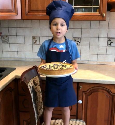 Сметанный пирог с голубикой