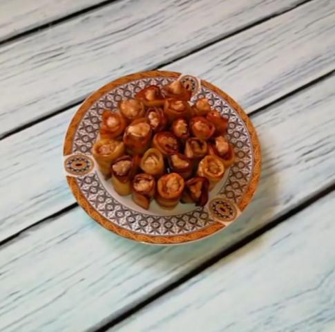 Рулетики из баклажанов с ореховой начинкой