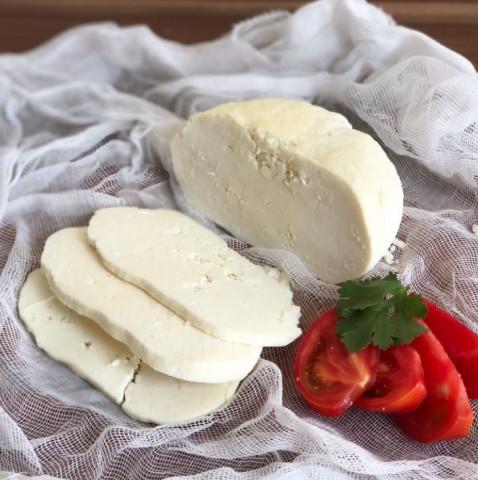 Адыгейский сыр из 2 ингредиентов