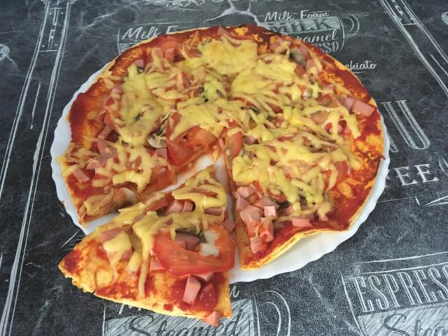 Пицца из тортильи