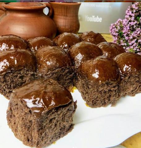 Шоколадные булочки в сиропе