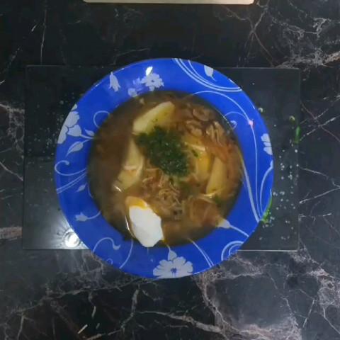 Суп из курицы и грибов