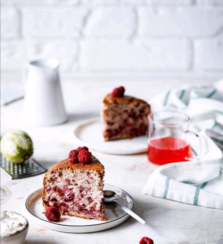 Малиновый кекс с лаймом