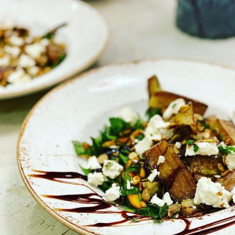 Ресторан у вас дома или салат с хрустящими баклажанами