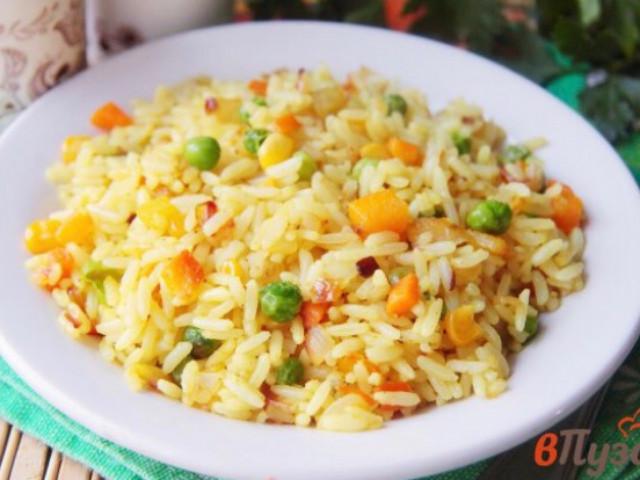 Рис с карри, овощами и мясом