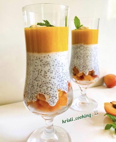 🥭Чиа-пудинг с пюре манго и абрикосами