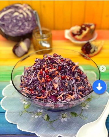 Салат из краснокачанной капусты с зёрнами граната (или кукурузой)🥗