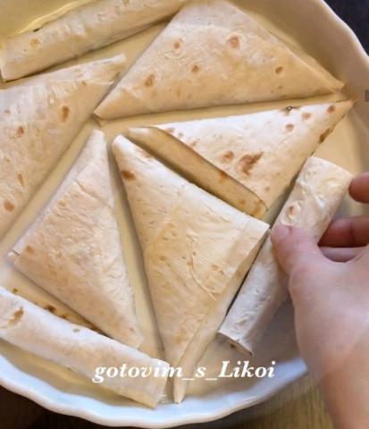 Треугольники с творогом и сыром