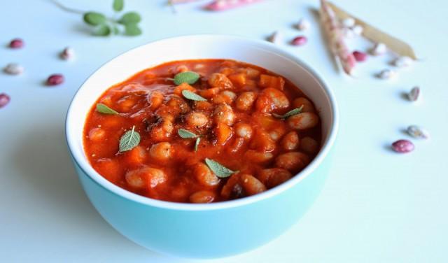 Фасоль с томатным соком