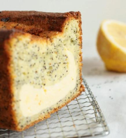 Лимонный пирог с маком и творожной начинкой