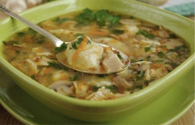 Гречневый суп с грибами и картoфельными клецками