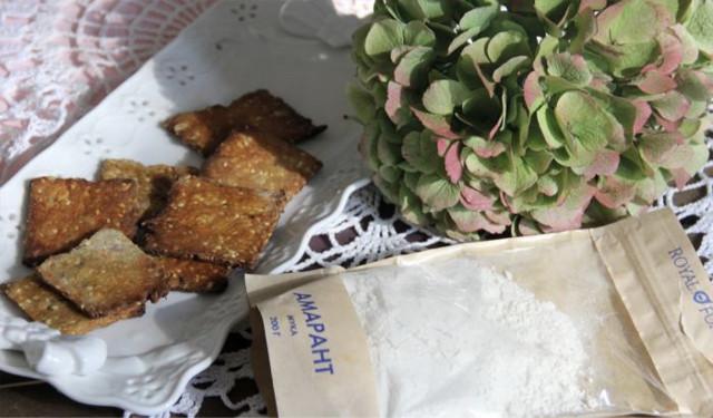Крекер из амарантовой муки