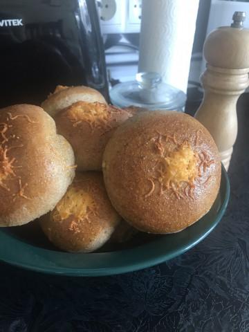 Сырно-чесночные булочки