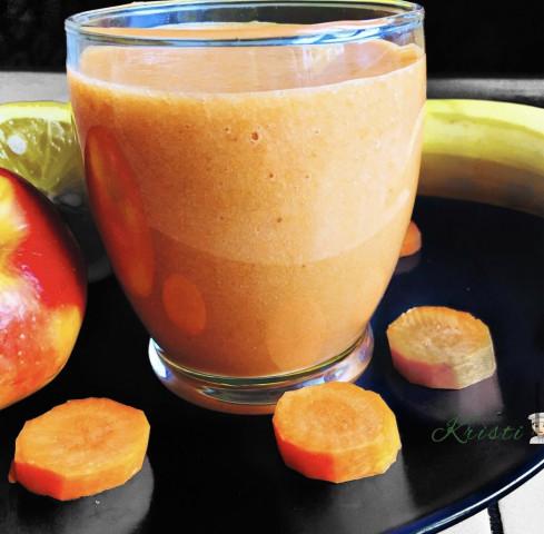 🥕вкусный смузи из яблок и моркови 🍎