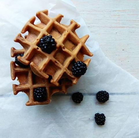 Рецепт вкусных и мягких вафель для малышей от 1,5 лет (На семью)