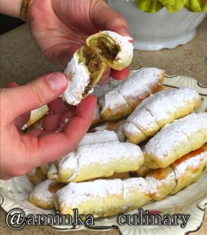Трубочки с ореховой начинкой