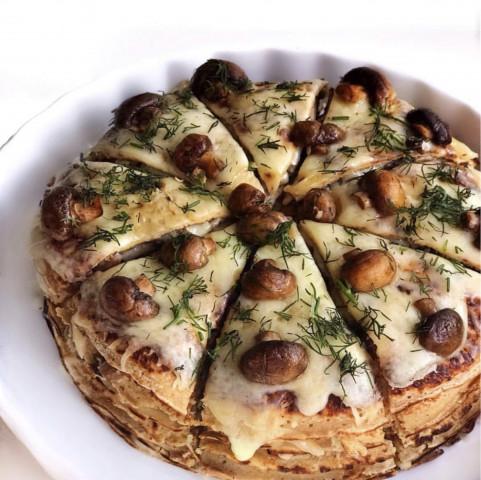 Закусочный блинный торт с грибами