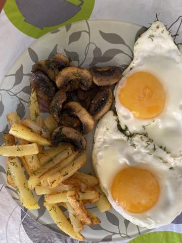 Сытный и вкусный завтрак