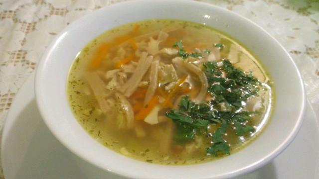 Суп с лапшой из цельнозерновой муки