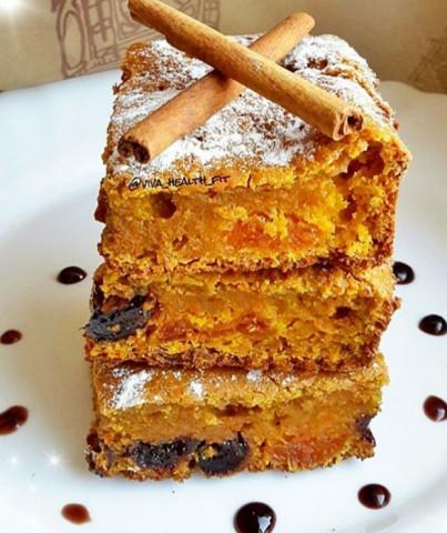 ПП-морковный пирог с курагой и черносливом