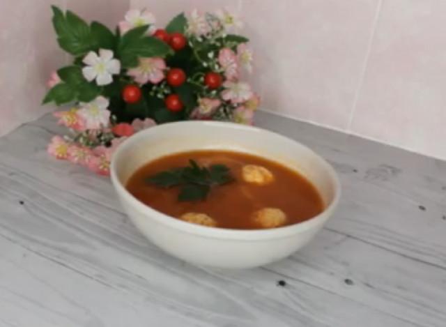 Томатный суп с фрикадельками🥘