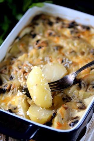 Запечённый картофель с грибами 🍲