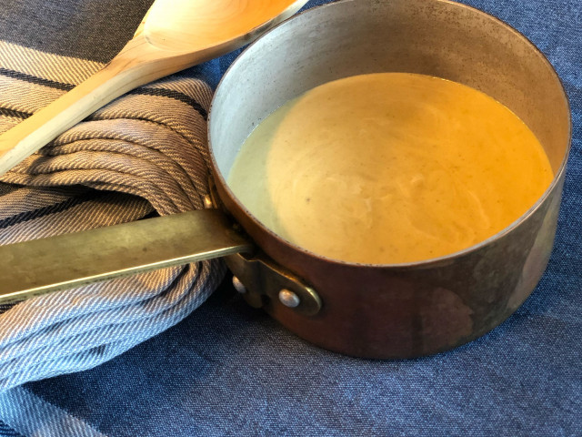 Постный крем-суп из шампиньонов с овсяными сливками