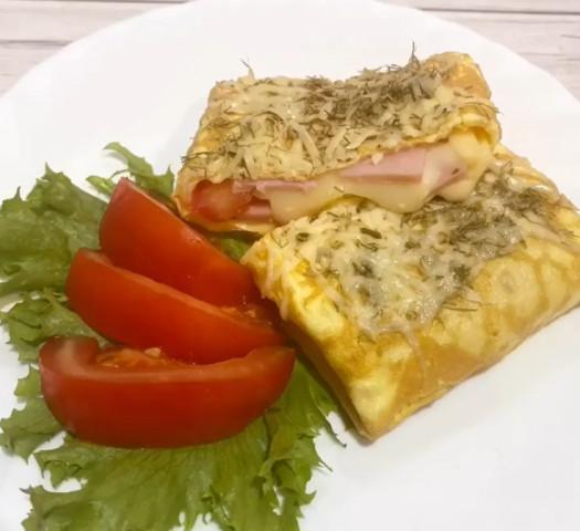 Яичный конверт с сырной начинкой