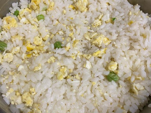 Рис с яйцом и луком