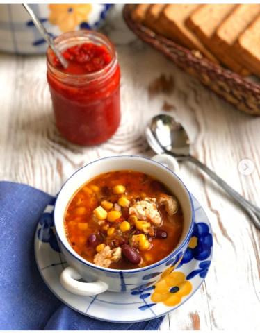 Мексиканский суп с фасолью и кукурузой 🍲
