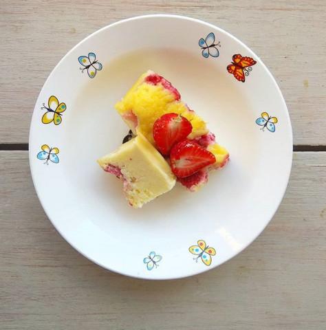 Творожная запеканка с ягодами