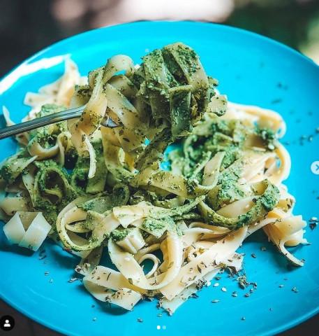 Паста Феттуччине с зелёным соусом